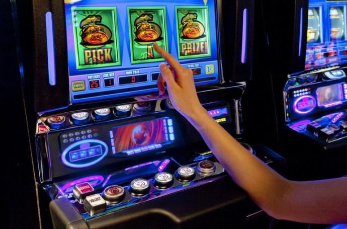 Голд фишка играть бесплатно слот автоматы игровые автоматы sharky играть в онлайн бесп